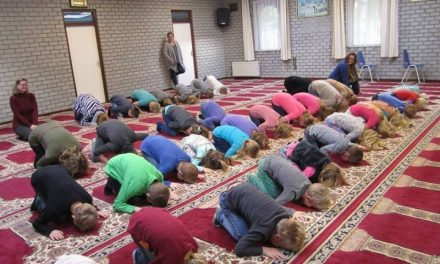 Christianity Expelled, Islam Explored in Schools
