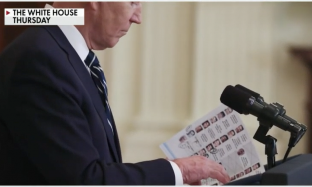 Biden brought a cheat sheet to the press conference! AIM's Adam Guillette discusses on Fox Business